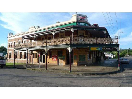 Bank Hotel Dungog - Accommodation Find