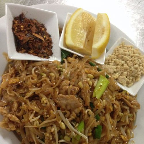Num Whan Thai Restaurant - Accommodation Find