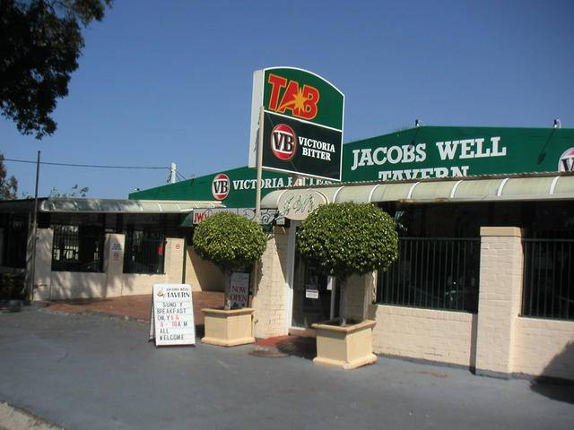 Jacobs Well Bayside Tavern - Accommodation Find