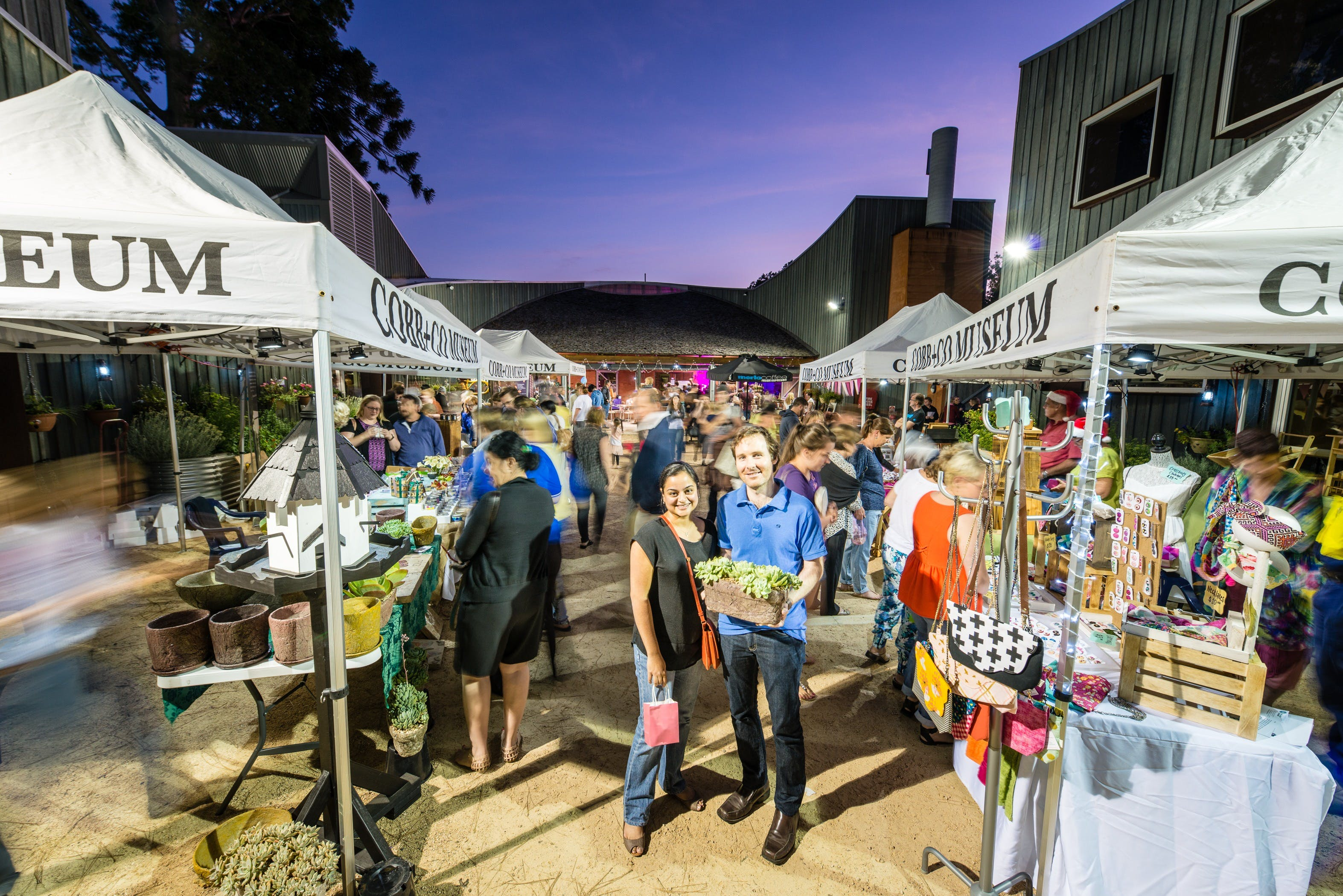 Hand Made Under the Stars - Twilight Market - Accommodation Find