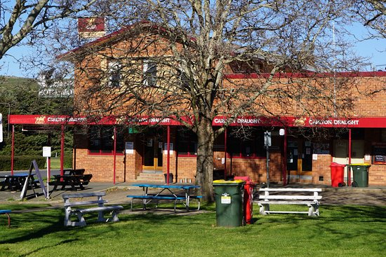 Snow Goose Hotel Adaminaby - Accommodation Find