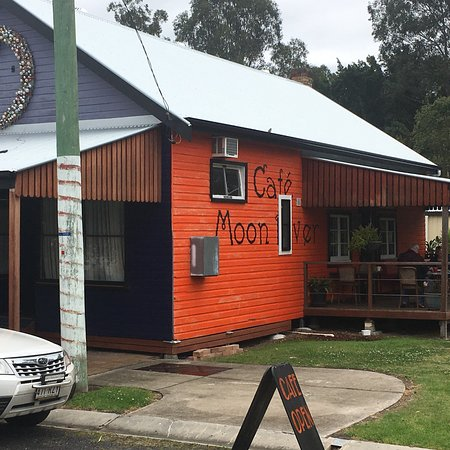 Moon River Cafe - Accommodation Find
