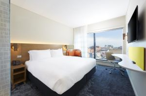 Holiday Inn Express Adelaide City Centre - Accommodation Find