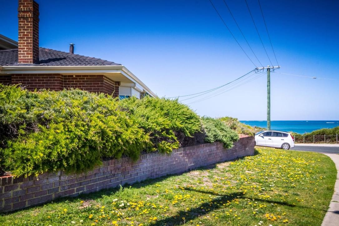 Yanchep Beach Retreat - Accommodation Find