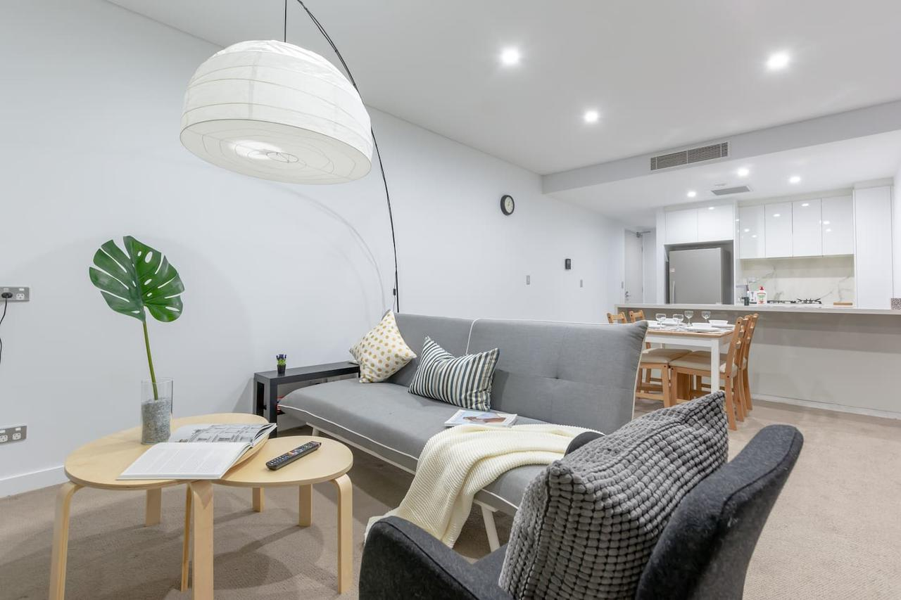 Inner City Stylish apt Walk to Green Square - Accommodation Find