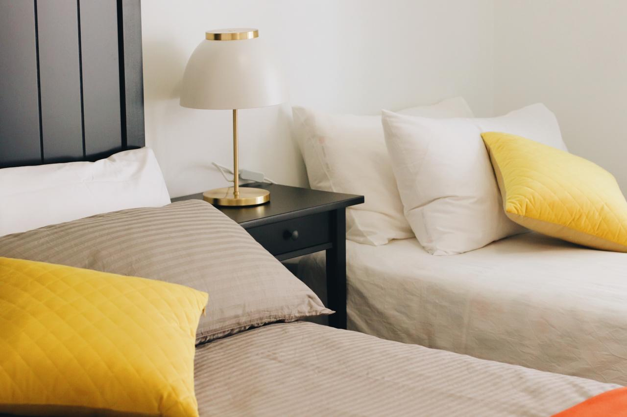 Modern  Cosy 2-Bedroom Apartment Hornsby - Accommodation Find