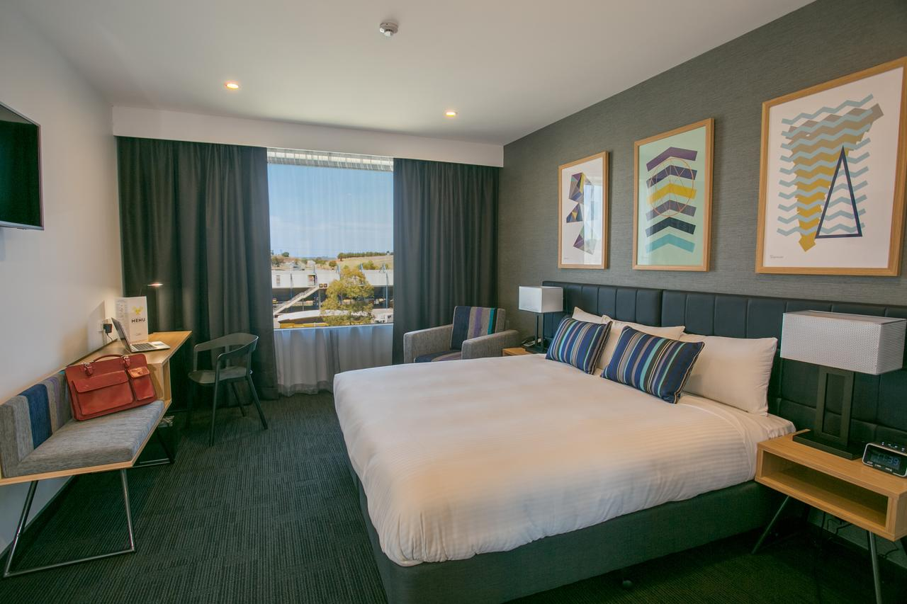 Alpha Hotel Eastern Creek - Accommodation Find