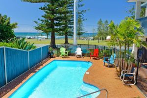 Beach House Holiday Apartments - Accommodation Find