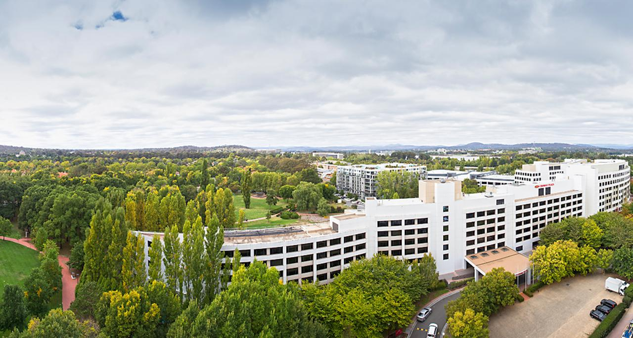 Crowne Plaza Canberra - Accommodation Find