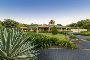 Bonville Lodge Bed  Breakfast - Accommodation Find