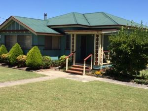 FROGGIES HOLIDAY HOUSE - Accommodation Find