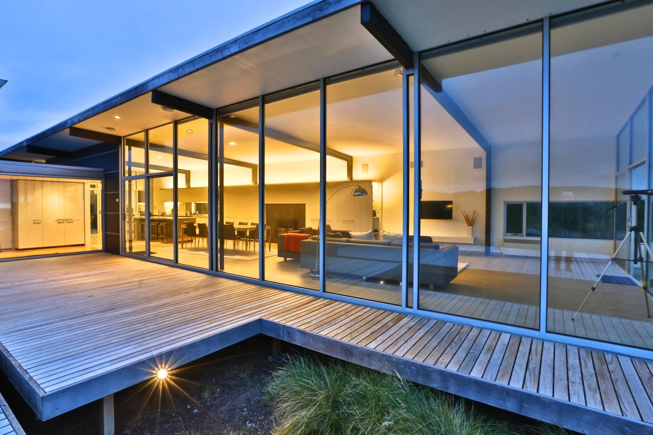 Cloudy Bay Beach House - Accommodation Find