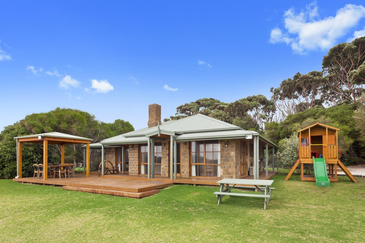 Apollo Bay Cottages - Accommodation Find