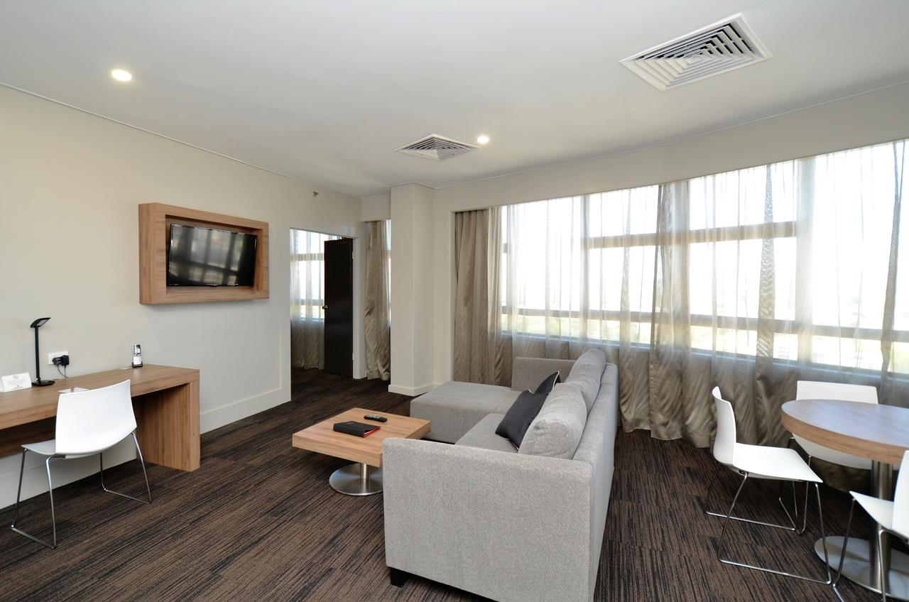 Hotel Grand Chancellor Townsville - Accommodation Find
